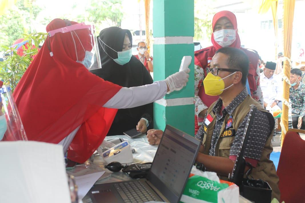 Kalaksa BPBD Kabupaten Kampar Turut dalam Vaksinasi Covid-19